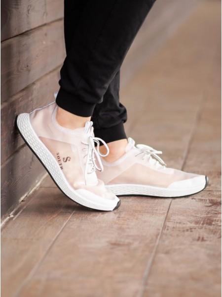 Весенние кроссовки
